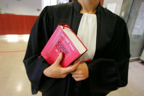 Anwalt_recht_1_1