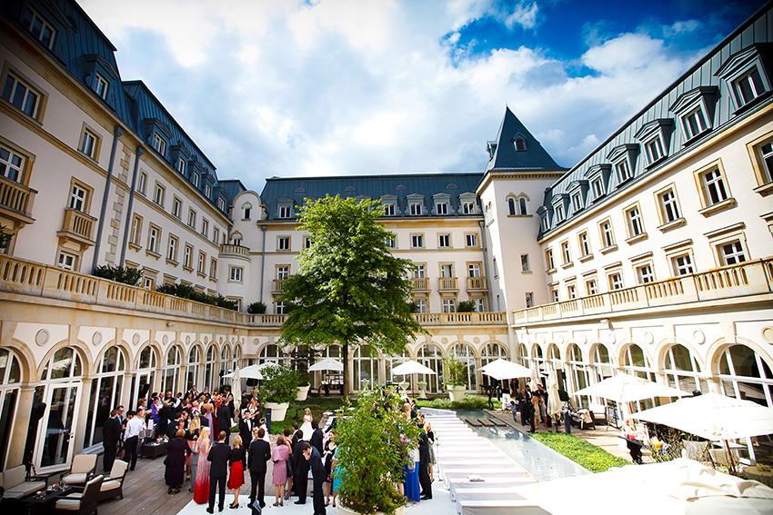 hotel bayerischer hof luxus pur die f nf besten hotel in deutschland. Black Bedroom Furniture Sets. Home Design Ideas