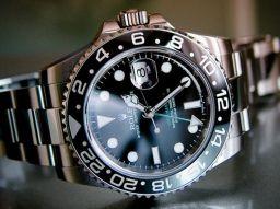 http://www.topfunf.de/media/tmp2/Rolex%20GMT-Master%20II.jpg