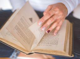 lesen-im-urlaub-funf-buchertipps-damit-ihr-urlaub-nicht-langweilig-wird